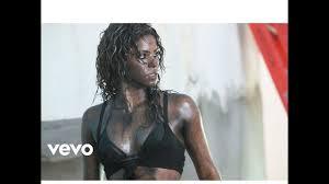 Shakira - La Tortura (ft. Albert Menendez) (Official Video) - YouTube