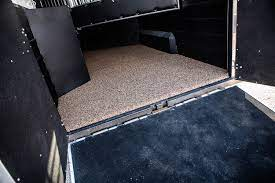 Extruded rubber flooring gives a cushioned ride to your horse, while being rigid enough that he will not slide. Why A Logan Coach