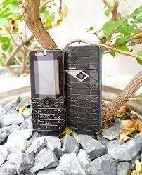 11 mẫu Điện thoại Độc lạ nhất năm 2020 tphcm khó tìm