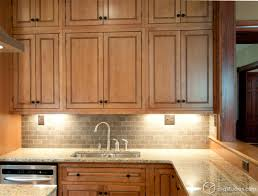 Maple Kitchen Furniture 17 Best Ideas About Maple Kitchen Cabinets On Pinterest