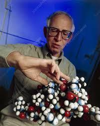 Sir Aaron Klug, British biochemist - Stock Image - H411/0174 - Science  Photo Library
