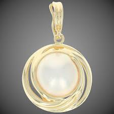 mabe pearl pendant 18k yellow gold women s gift wilson brothers jewelry ruby lane