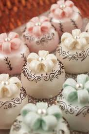 Decorating Cake Balls Beautifully decorated Cake Pops too pretty to eat Almost 21