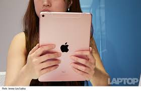 Small Picture Apple iPad Pro 97 Inch Full Review and Benchmarks