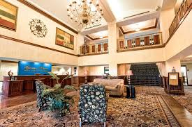 mounn view featured image lobby