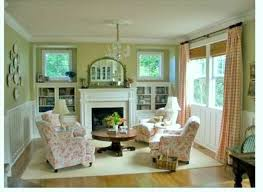 Help a (Clueless) Guy Decorate his Small 1930s Living Room - Home  Decorating &