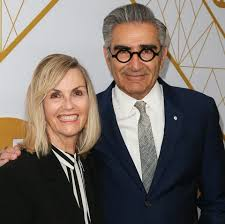 And then my mom tweeted that and i read it and completely fell apart. Who Is Eugene Levy S Wife Deborah Divine Inside The Schitt S Creek Star S Marriage And Kids