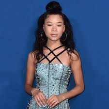 storm reid matched her blue dress to her manicure pedicure and eyeshadow vogue jpg 1922x1922