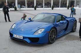 porsche 918 spyder blue. blue porsche 918 spyder in salzburgring austria