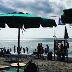 In spiaggia a contatto con le afflizioni di Pammmelllla