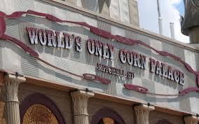 Clint Black Trace Adkins Highlight Corn Palace Festival