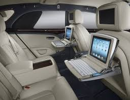 bentley mulsanne black interior. to keep things on the down low new poweroperated rear privacy curtains can be specified available in either black or white are fully bentley mulsanne interior