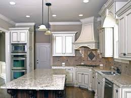 Amazing of White Kitchen Backsplash Ideas in Interior Design Plan ...