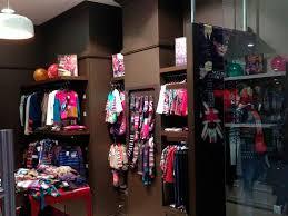 Как открыть магазин детской одежды пошаговая инструкция для  Как открыть магазин детской одежды интерьер магазина