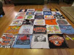 How to Make a T-shirt Rag Quilt (the non-quilter's quilt) - Sweet ... & Be sure to sew around the border–you will want it to ruffle there too. Now  we are in the home stretch. All that is left is the cutting. Adamdwight.com