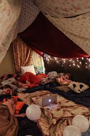 Build A Blanket Diy Blanket Fort Party Party Ideas Pinterest Diy Blankets