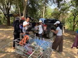สหพันธ์เกษตรกรภาคใต้ส่งข้าวช่วยบางกลอย ชี้สังคมจับตารัฐแก้ปัญหา | ประชาไท  Prachatai.com