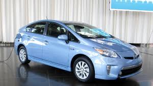 Electric driving in the 2012 Toyota Prius Plug-in - Roadshow
