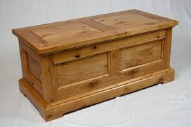 cedar lined knotty alder blanket chest