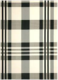 black and white indoor outdoor rug black and white indoor outdoor rug 8 0 x 0