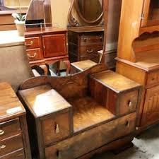 Pelican Furniture & Thrift 24 s & 18 Reviews Thrift