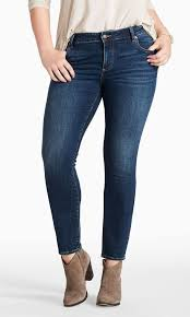 A Guide To The Best Jeans For Women With Curves Best Jeans