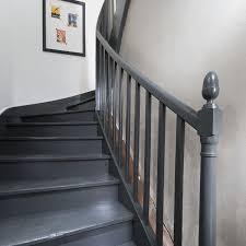 repeindre un escalier pour le relooker conseils et tapes