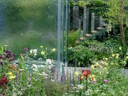 the tour includes a full day at the chelsea flower show which is the most famous horticultural event in the world a visit to one of the best known arts