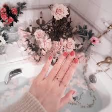やっぱりピンクが好きみんなの春待ちピンクネイルデザイン集