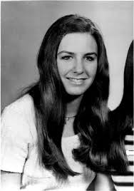 best ted bundy images ted bundy serial killers lynda ann healy ted bundy s first known victim she bore a remarkable resemblance to