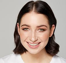 experience the signature mecca look glowing sheer almost surreal skin that elicits pliments it includes a no makeup makeup look neutral eyes and
