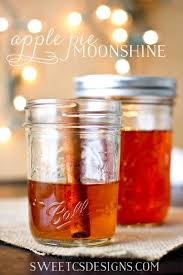 it s always hard to find gifts at but this apple pie moonshine is a great delicious gift you can give to friends neighbors and anyone 21 who