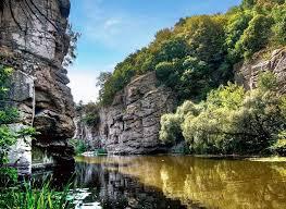 Неизвестные водоемы Украины лучших уникальные реки озера и  Букский каньон