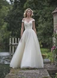 Latest V-Neck <b>Chiffon</b> Long Wedding Dress A-Line <b>Elegant</b> ...