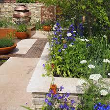 Small Round Flower Bed Design Small Garden Ideas Small Garden Designs Ideal Home
