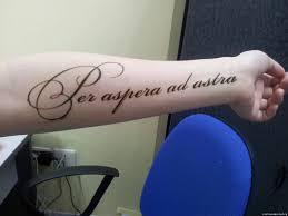 все изображения татуировки из хны надписи Heliographru