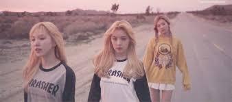 Red Velvet At Ice Cream Cake Gif On We Heart It