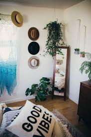 Best 25+ Hanging hats ideas on Pinterest | Hang hats, Hat ...