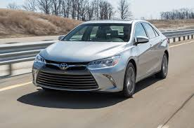 2015 Toyota Camry Real MPG vs. the Competition - Motor Trend