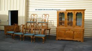 Thomasville Cherry Dining Room Set Table And 6 Chairs Set Thomasville Oak Dining Room Set