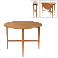 winsome wood 34942 hannah round dining table lowe s canada