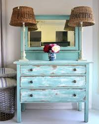 Distressed Painted Furniture Ideas for a Coastal Beach Look/Syds room