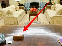 the oval office desk. Resolute Desk Button Skitch Oval Office The