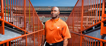 Charlie Strong Agrees To Coach At South Florida Underdog Sports