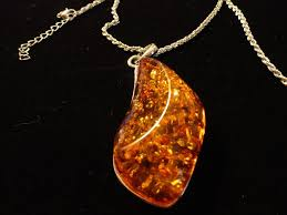 amber pendant necklace