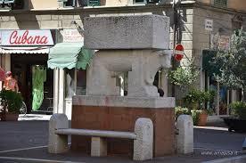 Pontedera - Il toro di Cascella (© www.amapisa.it)