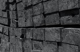 to build a railroad tie retaining wall