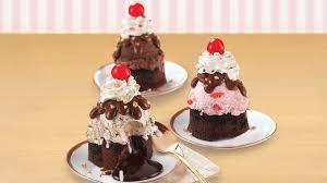 baskin robbins launching new warm lava cake sundae nationwide january 2017