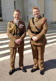 """Royal Corps of Army Music auf Twitter: """"Yesterday WO1 Matthew 'Bart'  Simmonds was presented his Meritorious Service Medal by the Chief of  General Staff, General Sir Mark Carleton-Smith. WO1 Simmonds consistently  remains"""
