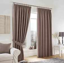 Living Room Curtain Fabric How To Choose The Right Fabric For Your Curtains